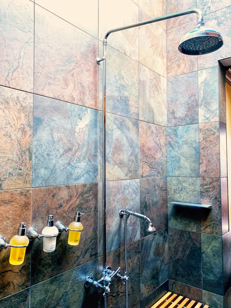 The skylighted shower in a villa at Emirates One&Only Wolgan Valley